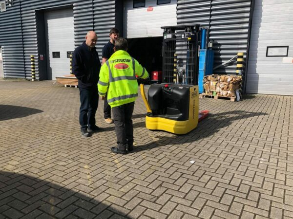A5 Refresher Pallet Stacker