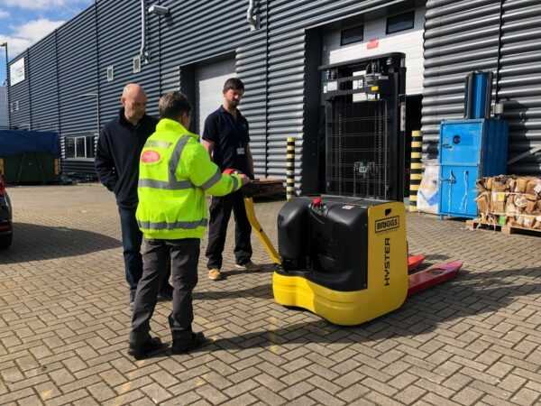 A5 Experienced Operator Pallet Stacker
