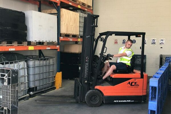Counterbalance Forklift Novice Course, Portsmouth, Southampton, Reading and Worthing