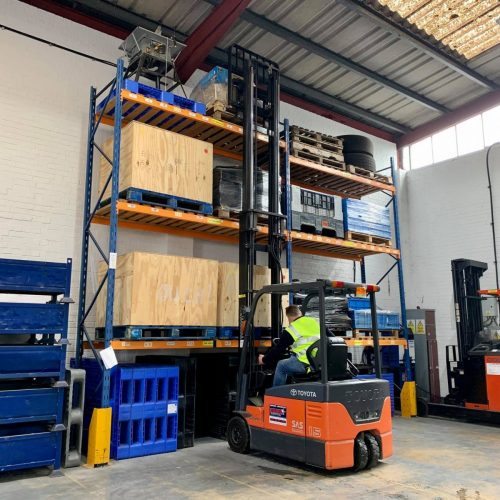 Counterbalance_forklift_2