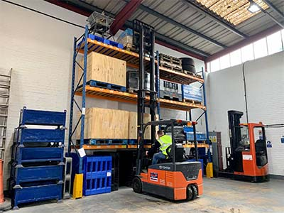 How much can I earn as a forklift driver